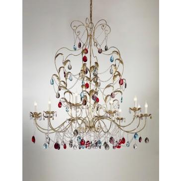 Grand lustre baroque à pampilles de cristal coloré