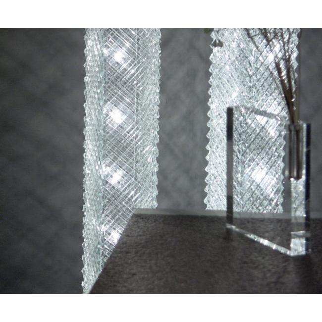 lampe artisanale faite de grille de verre recycl lampes sur pied luminaire contemporain i. Black Bedroom Furniture Sets. Home Design Ideas