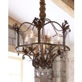 Reproduction de lanterne ancienne, fer forgé, pampilles et verre artisanal de Venise (Murano)