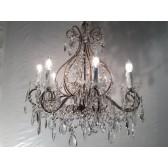 Lustre de style classique baroque, recouverts de perles de Murano