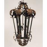 Lanterne artisanale en fer forgé, d'inspiration byzantine