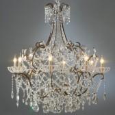 Grand lustre à  pampilles de cristal et coupelles à chapelets, une pure merveille!