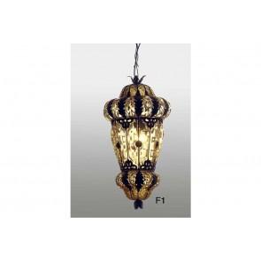 Lanterne typique de Venise avec des feuilles de fer forgé à la main