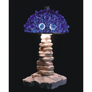 Lampe artisanale fabriquée à partir de verre recyclé, modèle bleu cobalt