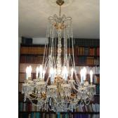 Lustre classique 18 lumières à chapelets de pampilles