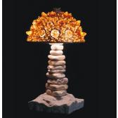 Lampe artisanale fabriquée à partir de verre recyclé, modèle ambre
